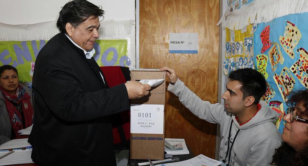 Provincias El Voto A Los Candidatos En Los Municipios