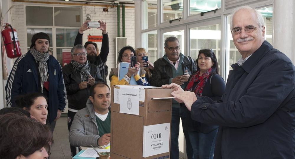 El voto de los precandidatos entre los madrugadores y los for Jardin 901 vicente lopez