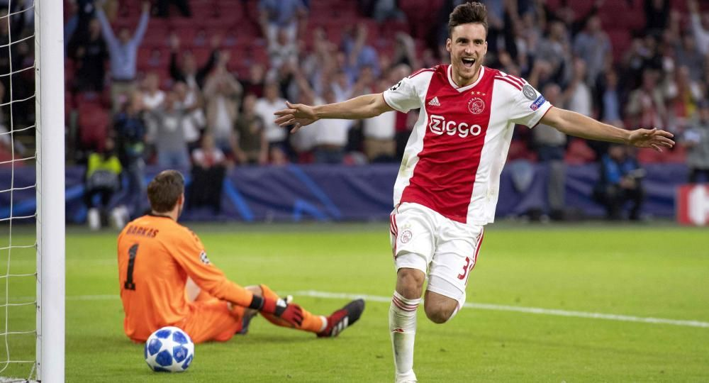 Se acerca Ajax a la Champions League