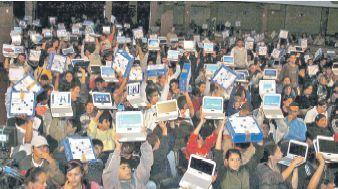 El programa Conectar Igualdad fue implementado por el gobierno de Cristina Fernández y entregó miles de netbooks a alumnos en más de 11.500 escuelas.