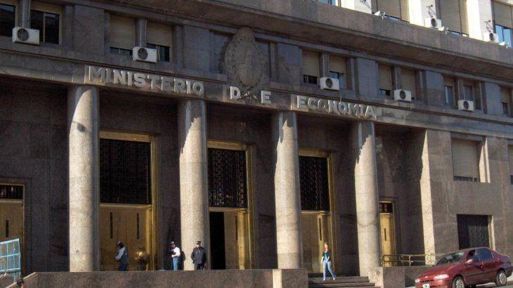 Dura advertencia de Forbes: Argentina está a un paso del colapso económico