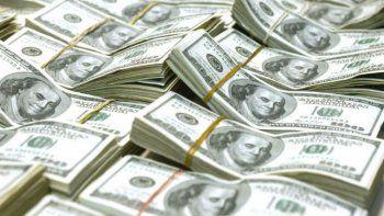 El dólar trepó 40 centavos y retornó a la zona (ayudó BCRA con la compra de u$s 30 M)