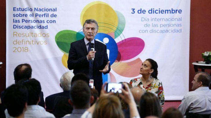 Mauricio Macri y Gabriela Michetti durante la presentación de resultados sobre discapacidad.