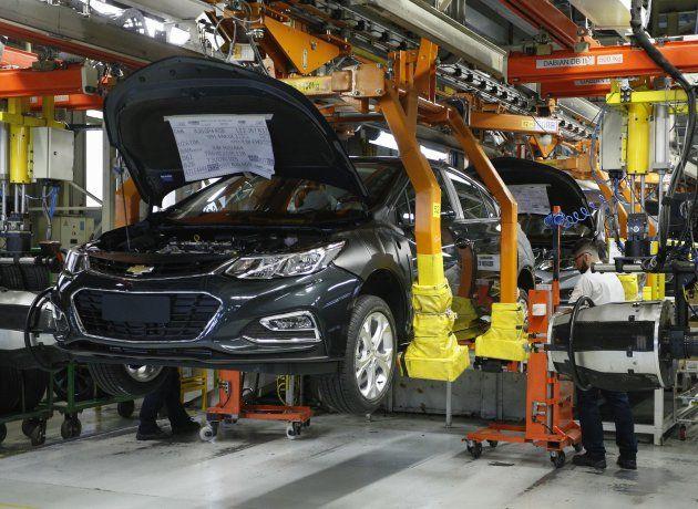 La producción automotriz se redujo casi 19% en noviembre