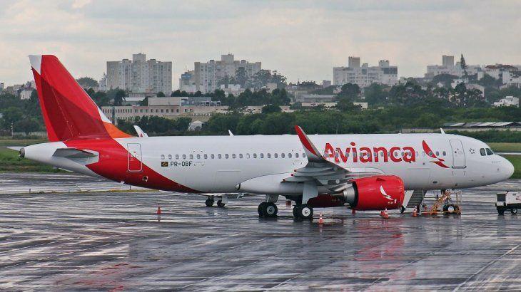 La aerolínea no compone el grupo Avianca Holding S.A.. Sin embargo