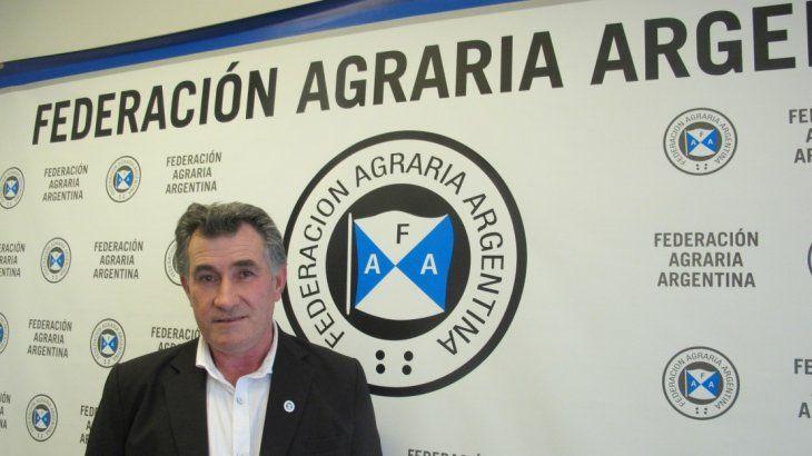 Carlos Achetoni.