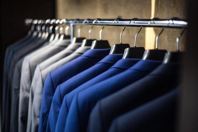 La Cámara Industrial Argentina de la Indumentaria emitió un informe en el cual se ve una caída en la importación de ropa.