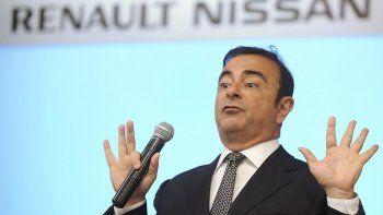 Gobierno francés niega (por ahora) una fusión Renault-Nissan