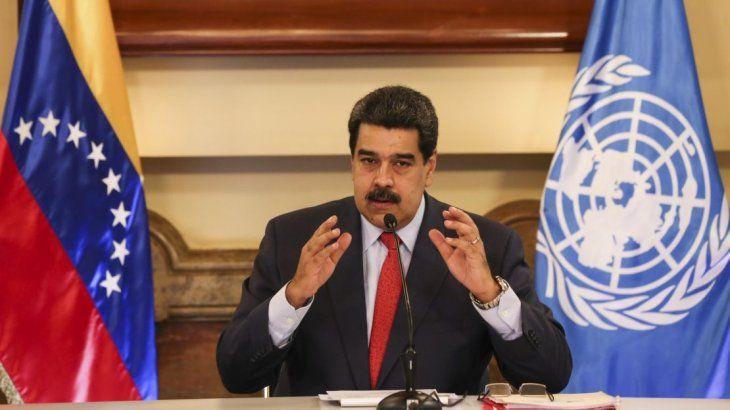 Maduro aumentó 300% el salario mínimo, pero la hiperinflación no tiene freno