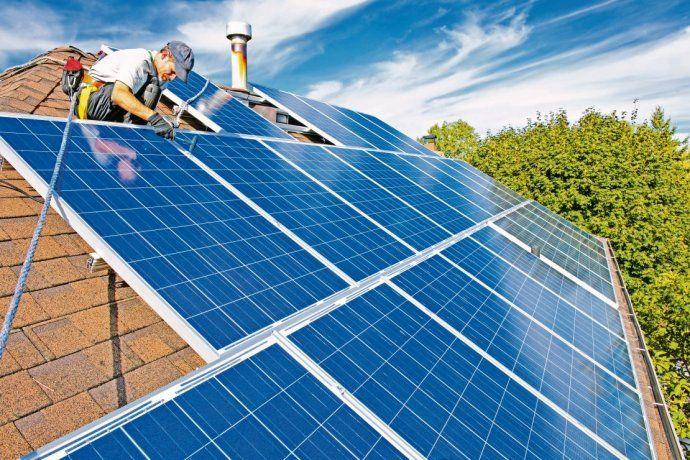Resultado de imagen de edificios con paneles solares