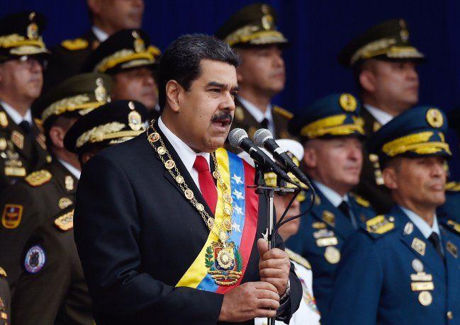 """Maduro en contra de la postura de Guaidó: """"Aquí no se rinde nadie"""""""