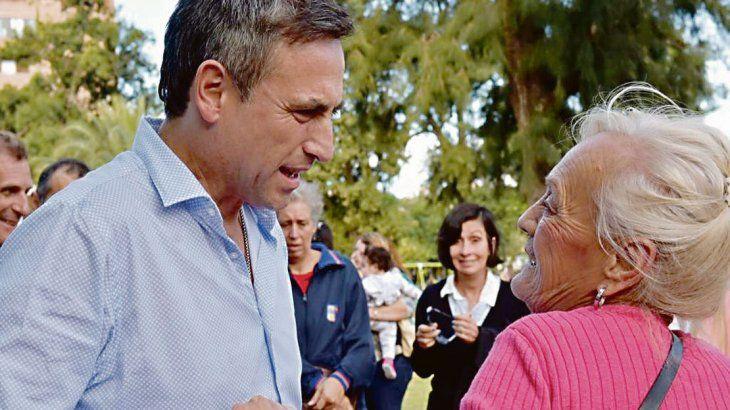 Contra reloj, Cornejo media en duelo cordobés de Cambiemos