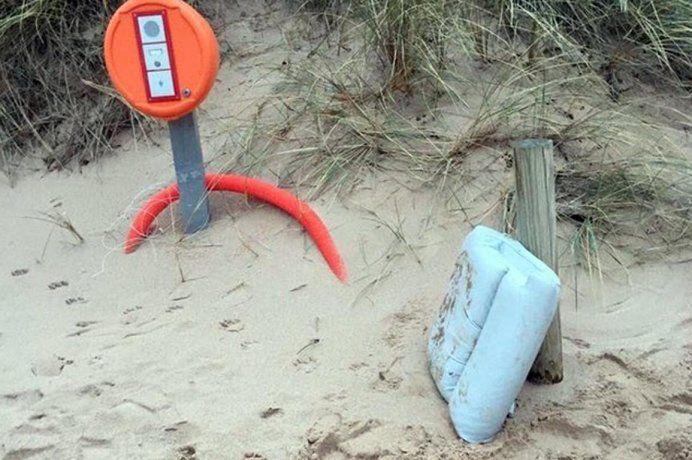 Los restos del avión donde viajaba Emiliano Sala fueron encontrados en una playa cercana a Surtainville.