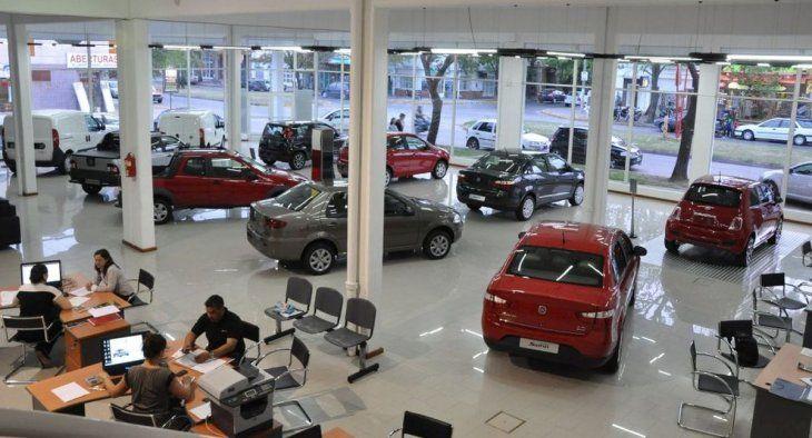Sueño efímero: ya no quedan autos de menos de u$s10.000