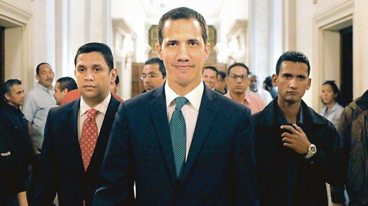 Una lluvia de reconocimientos europeos da más fuerza a Guaidó