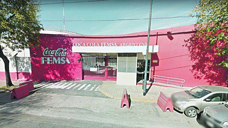 Coca Cola pide ayuda al Gobierno para recortar empleos en su embotelladora