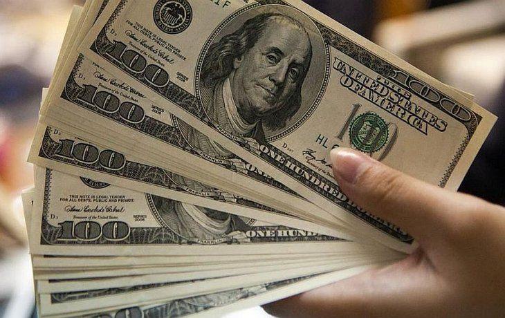 Desplome de monedas emergentes presionó al dólar: saltó 2% a casi $ 43