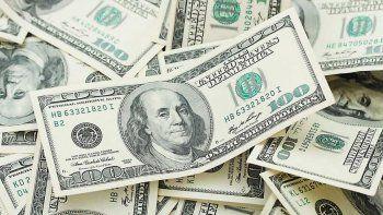 La demanda de dólares más que se duplicó tras las PASO
