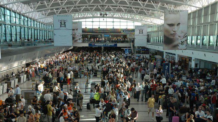Creció un 41% el ingreso vía aérea de turistas extranjeros al interior del país