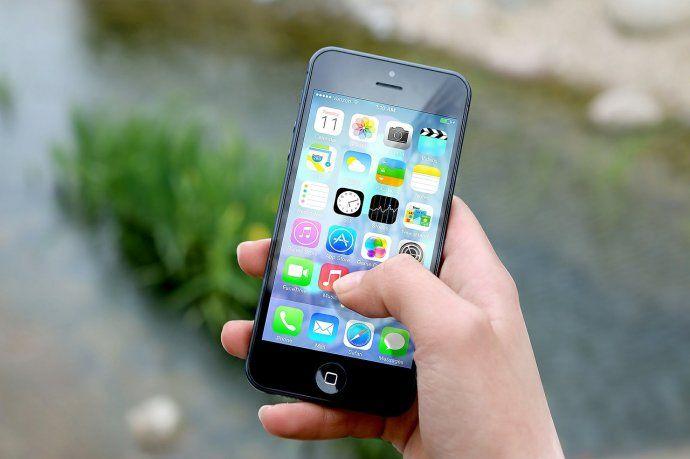 Por la crisis, se venderán un millón de celulares menos durante 2019
