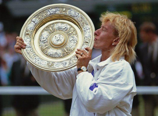 <p>Uno de los múltiples trofeos de Wimbledon que ganó Martina Navratilova. En total tiene más de 300 trofeos ganados, entre singles y dobles.</p>