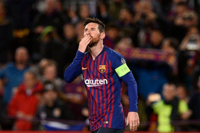 No quiere ser menos: con dos goles y asistencias, Messi lideró el gran triunfo de Barcelona