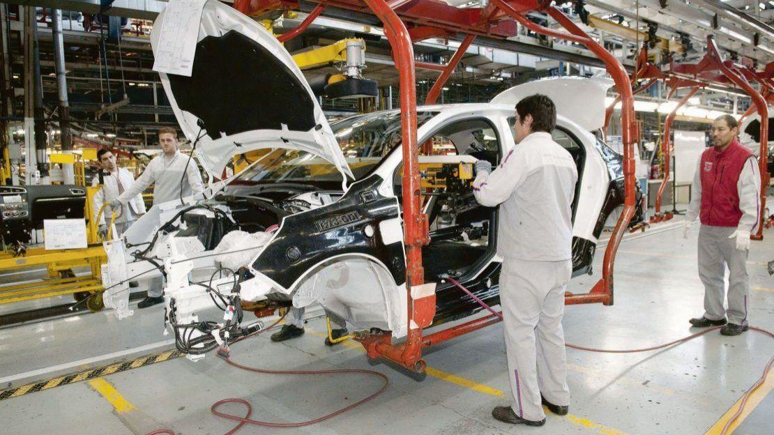 Las cuatro medidas del Gobierno para reactivar la industria automotriz    Dante Sica, Exportación, Exportaciones, Gobierno, Importación,  Importaciones, Industria, Inversiones, Mauricio Macri, Mercosur,  Producción, Vehículos
