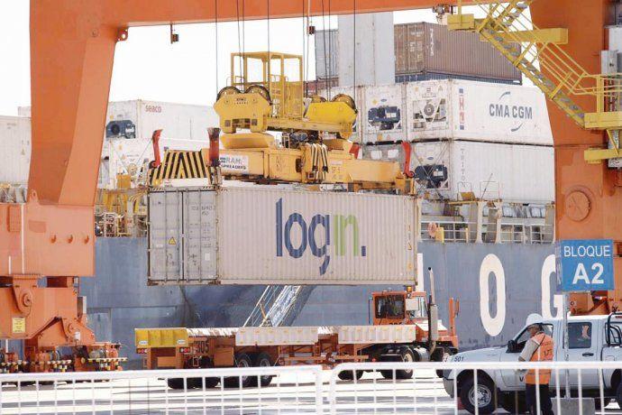 tecplata. Funciona con un acuerdo con la naviera brasileña Log-In.