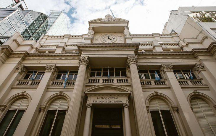 Resultado de imagen para Cancelan deuda con un invento argentino: el Club de París