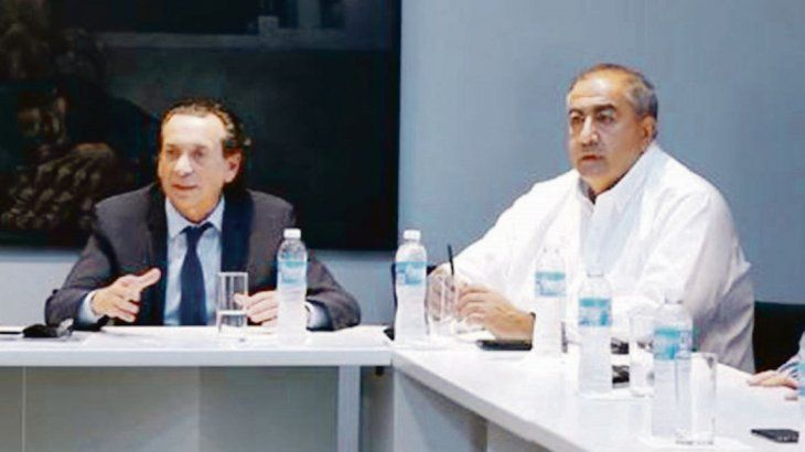 Cortocircuito. Daer, uno de los jefes de la CGT, desairó a Sica ayer en el Senado luego de que el funcionario habilitara cambios al proyecto de blanqueo respecto del acuerdo que había con los técnicos de la central.