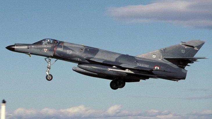 Francia envía al país los cinco aviones de combate por los que Argentina pagó más de u$s 15 millones