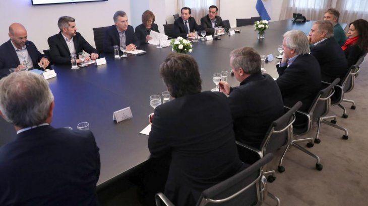 Mauricio Macri encabezó reunión de Gabinete en la Quinta de Olivos.