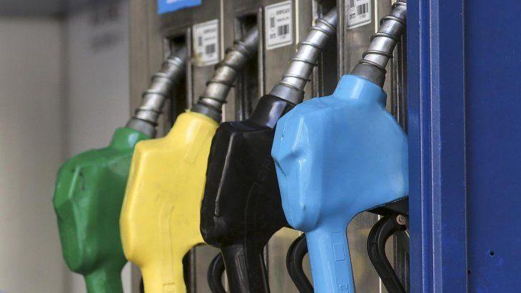 El Gobierno aplicará la Ley de Abastecimiento para congelar precios de naftas