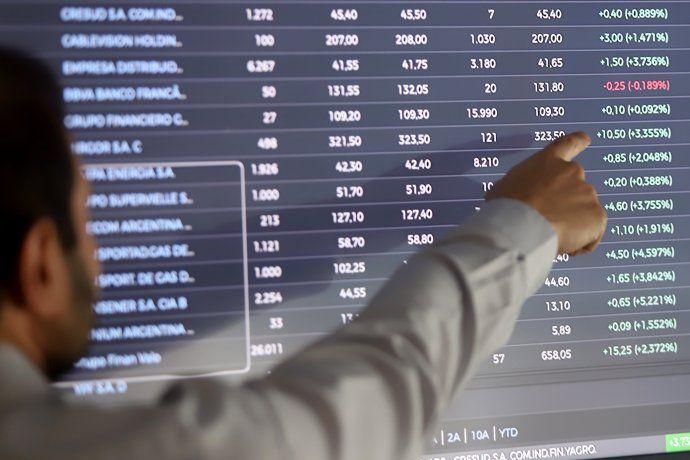 ca7a1d1d6 El S&P Merval puso fin a racha alcista: cedió 1,7%. Riesgo país ...