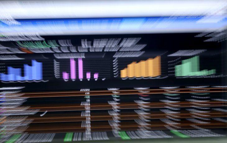 Mal arranque de semana para la Bolsa: acciones y bonos cayeron hasta 4,8%