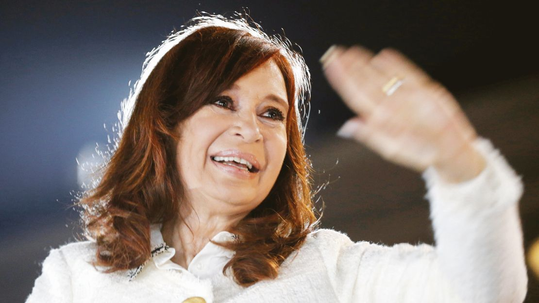 La Vicepresidenta celebra sus 67 años y se hizo viral CristinaCumple | Cristina Fernández de Kirchner, Twitter, Charly García