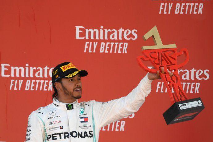 Lewis Hamilton sumó su 76ª victoria en la Fórmula Uno y va por el récord de 91 triunfos que ostenta Michael Schumacher.