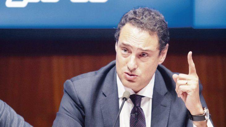 Reunión. El propio Leandro Cuccioli recibió a 30 jefes de Agencias y Directores que le expresaron malestar por suspensiones en sus haberes.