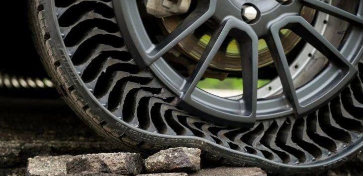 Resultado de imagen para modelo UPTIS fue presentado por Michelin