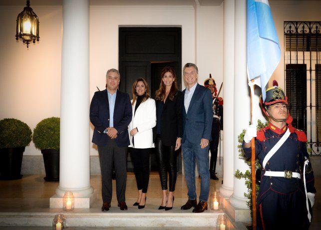 Iván Duque y su esposa, María Juliana Ruiz, fueron recibidos en Olivos por Mauricio Macri y Juliana Awada.