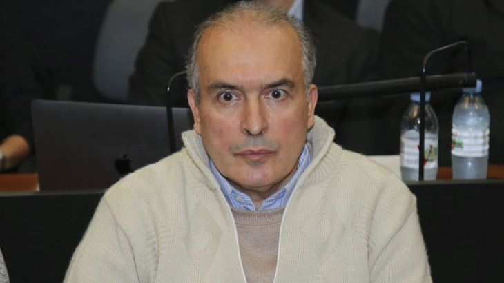José López.