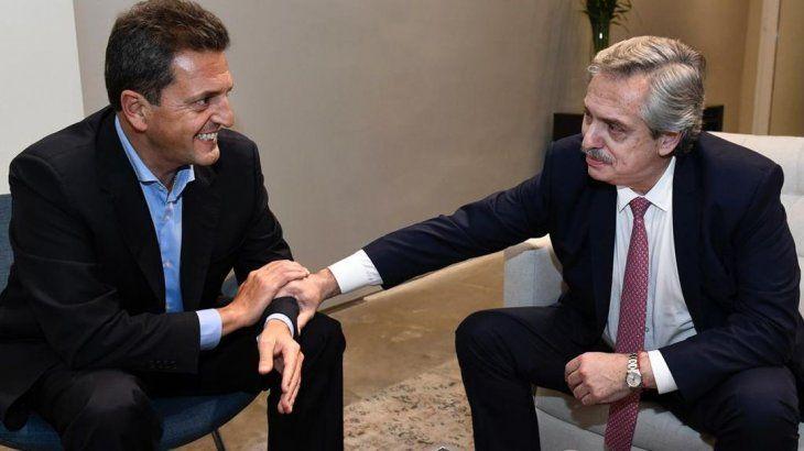 <p>Massa y Alberto Fernández cerraron el acuerdo tras el prometido café. </p>