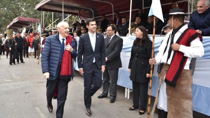 <p>Lavagna y Urtubey compartieron el homenaje a Güemes</p>