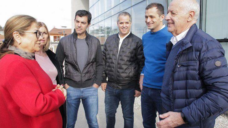 Lavagna y Urtubey con los precandidatos bonaerenses.