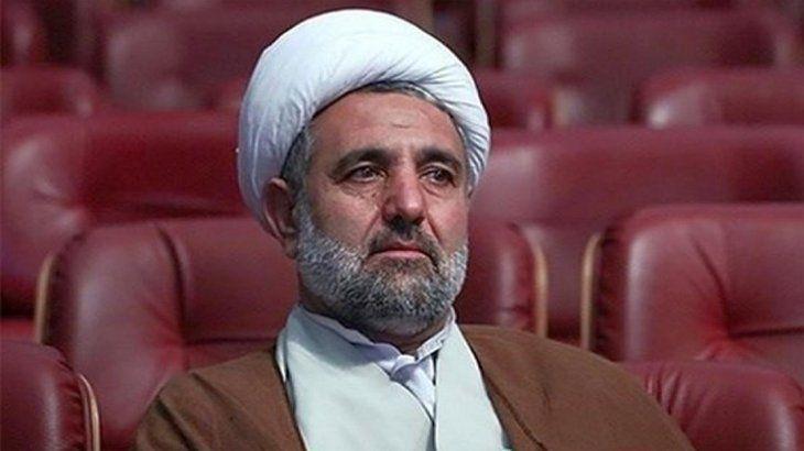 El hoyatolislamMoytaba Zonnuri es el presidente Comisión de Seguridad Nacional y Política Exterior de la Asamblea Consultiva Islámica de Irán (Mayles).