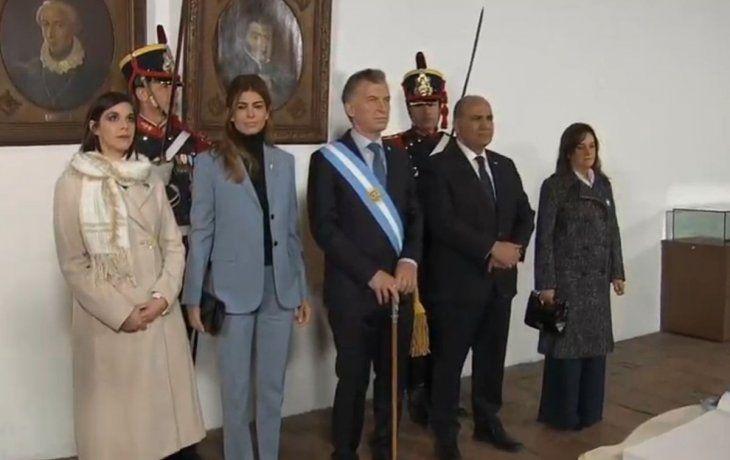Mauricio Macri junto a Juan Manzur.