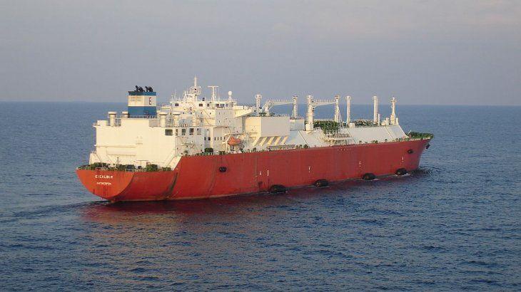 Excalibur será uno de los dos buques que YPF dispondrá para transportar GNL.