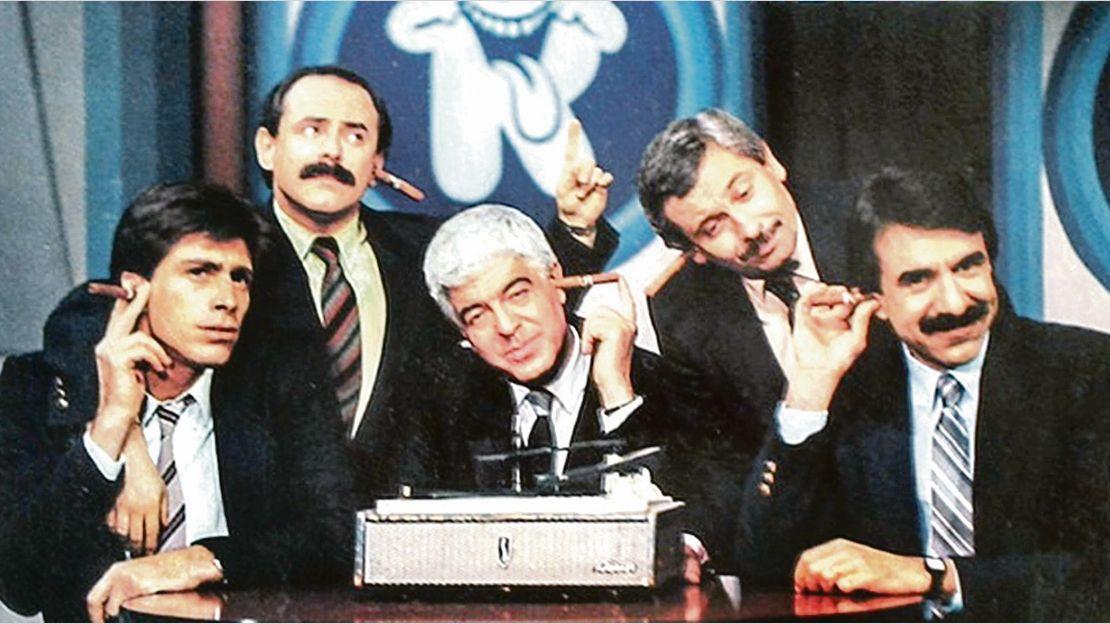 La Noticia Rebelde: un suceso que cambió el humor en la televisión  argentina | Estilo A, Televisión, democracia