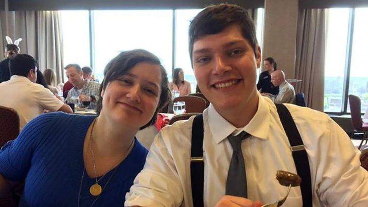 El atacante de Ohio, Connor Betts, junto a su hermana, una de las nueve víctimas de la matanza.