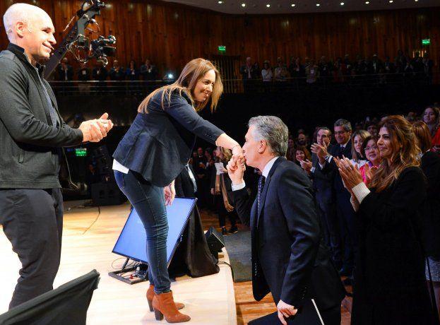 El presidente Mauricio Macri, la gobernadora María Eugenia Vidal, y el jefe de Gobierno porteño, Horacio Rodríguez Larreta, oficiaron como oradores en la reunión de Gabinete Ampliado.
